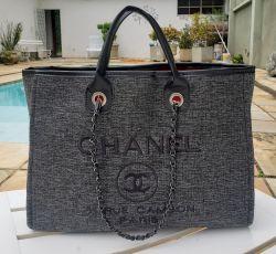 Bolsa Cabas Cinza Com detalhes em Preto